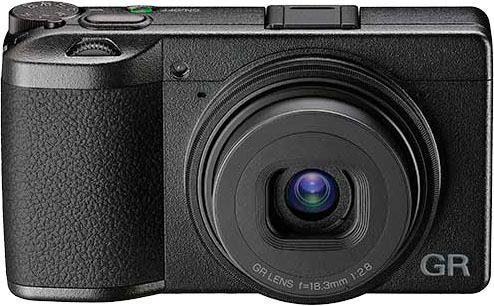 Ricoh Premium »GR III« Kompaktkamera (6 Elemente in 4 Gruppen (2 asphärische Elemente), 24,24 MP, Bluetooth, WLAN (Wi-Fi)