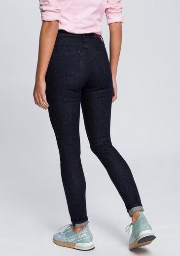 TOMMY JEANS Skinny-fit-Jeans »HIGH RISE SKINNY SANTANA NRST« in rinsed Optik mit Tommy Streifen auf der Coinpocket & Tommy Jeans Badge