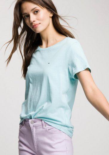 TOMMY JEANS T-Shirt mit kleinem Markenfähnchen und Logostickerei