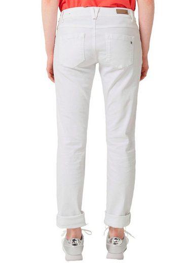 s.Oliver Stretch-Jeans kann modisch gekrempelt werden