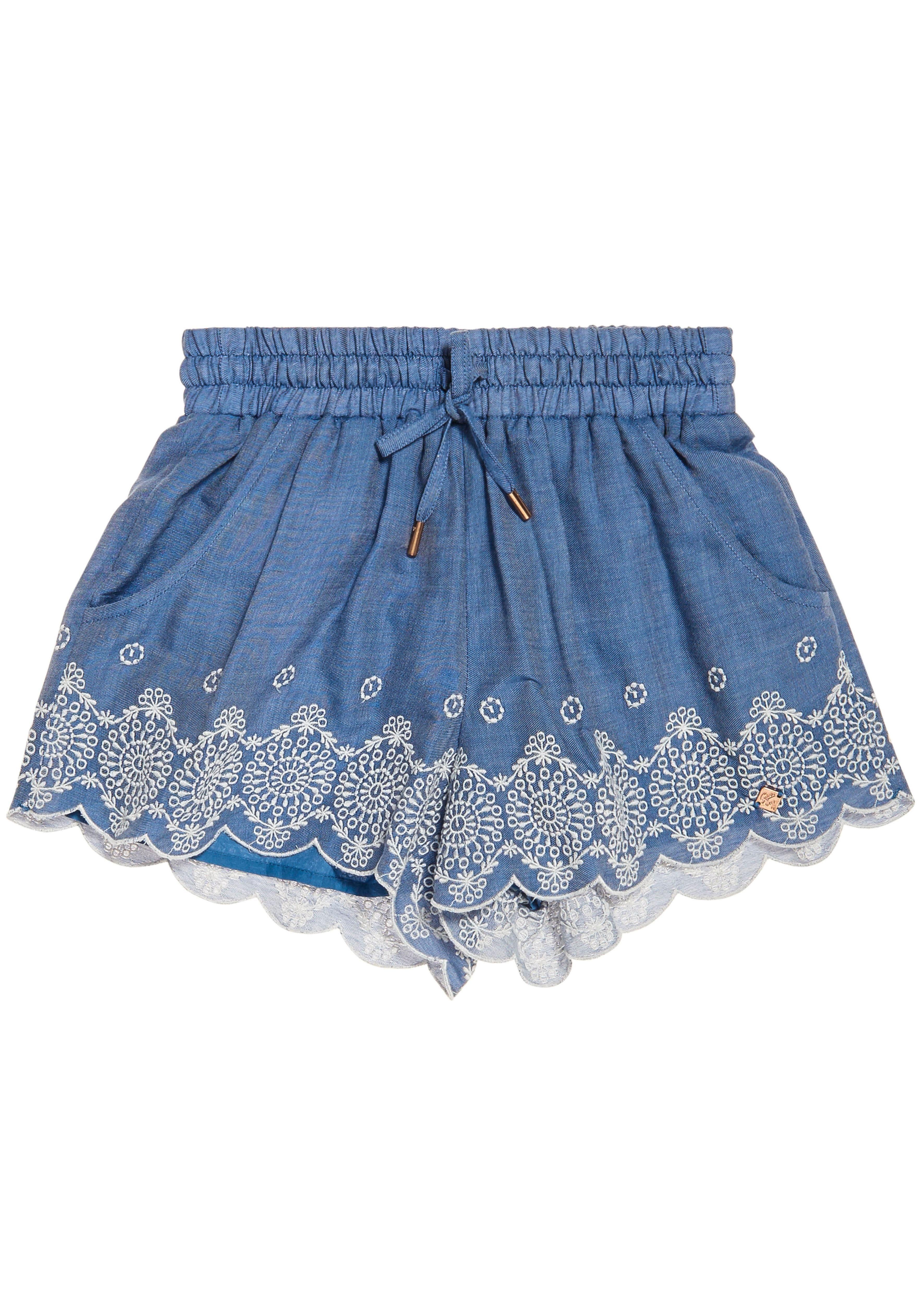 Superdry Shorts »JENNA EMBROIDERED EDGE SHORT« mit floraler Lockstickerei