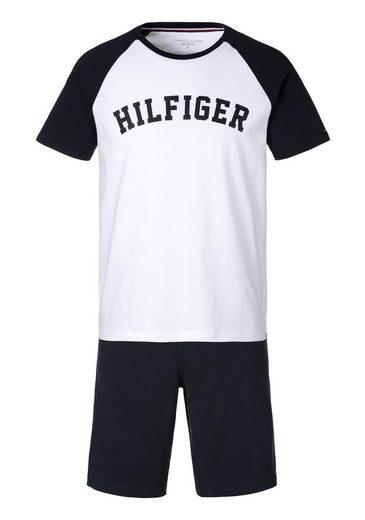 TOMMY HILFIGER Pyjama, in kurzer Form mit Markenschriftzug vorne auf der Brust