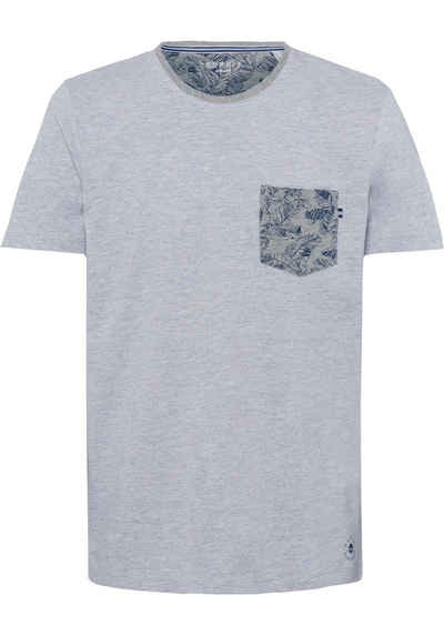8228a256a97034 Esprit Rundhalsshirt mit Brusttasche im floralen Design