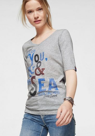 SOCCX V-Shirt mit aufwändigem Frontprint