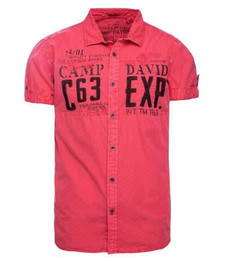 CAMP DAVID Kurzarmhemd mit Stickerei