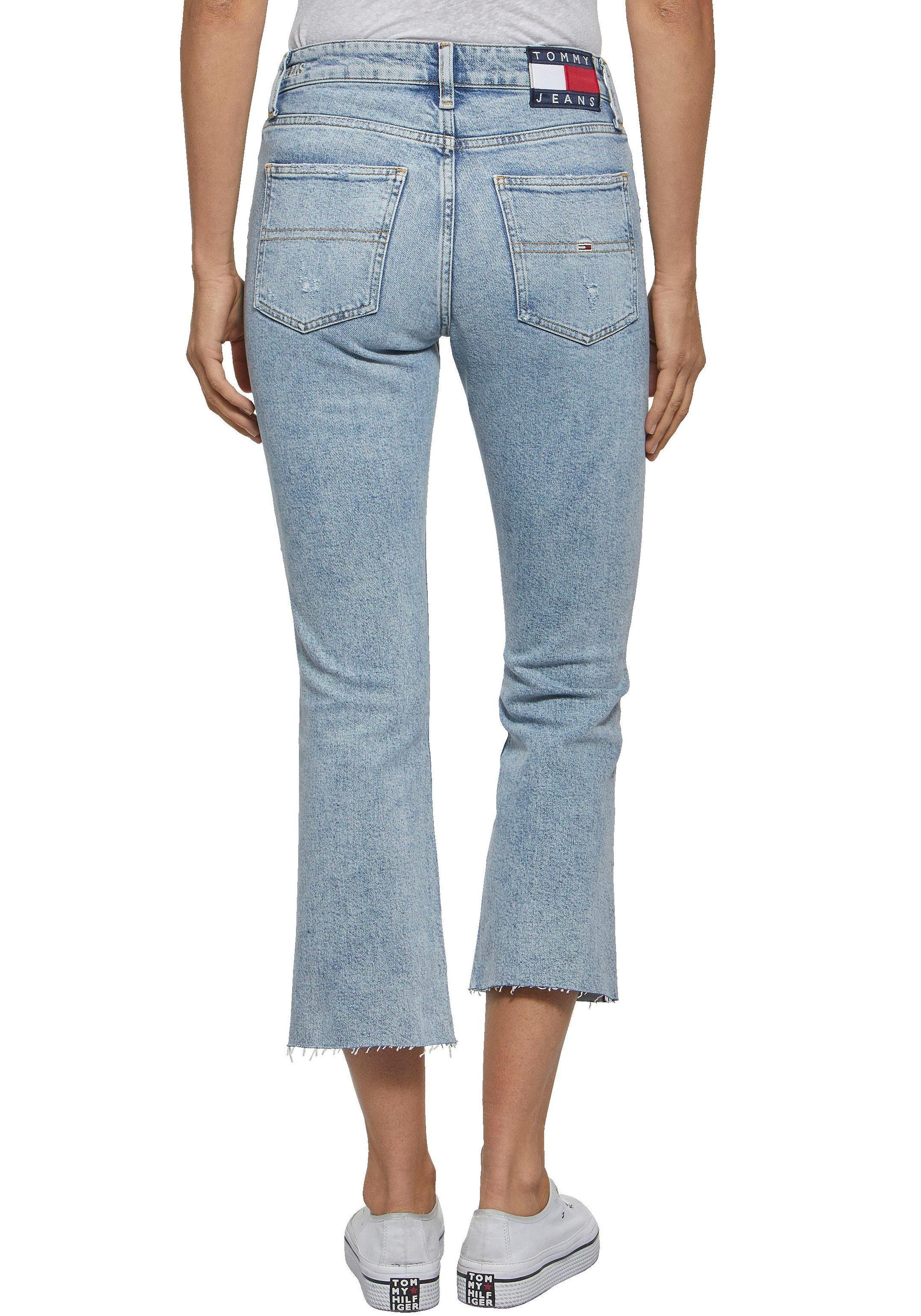 TOMMY JEANS 3/4-Jeans in neuer trendiger 7/8 Form mit ausgestelltem Bein