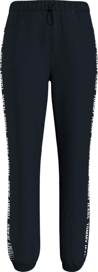 Tommy Jeans Jogginghose »TJW Jogger Tape Relaxed« mit Tommy Jeans Logo-Schriftzug an der Seitennaht
