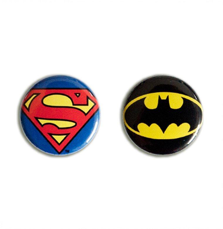 Logoshirt Button 2er Set Mit Superman Und Batman Logo Online Kaufen Otto