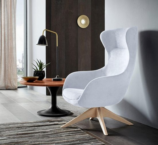 Places of Style Stuhl »Leona« mit Füßen aus massiver Esche, natur- oder wallnussfarben lackiert