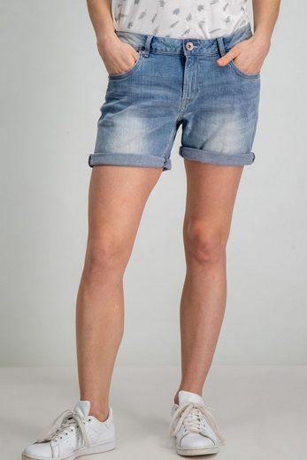 Garcia Shorts mit aufgerollten Hosenbeinen