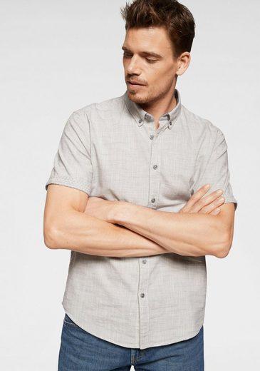 Esprit Kurzarmhemd mit smartem Button-down-Kragen