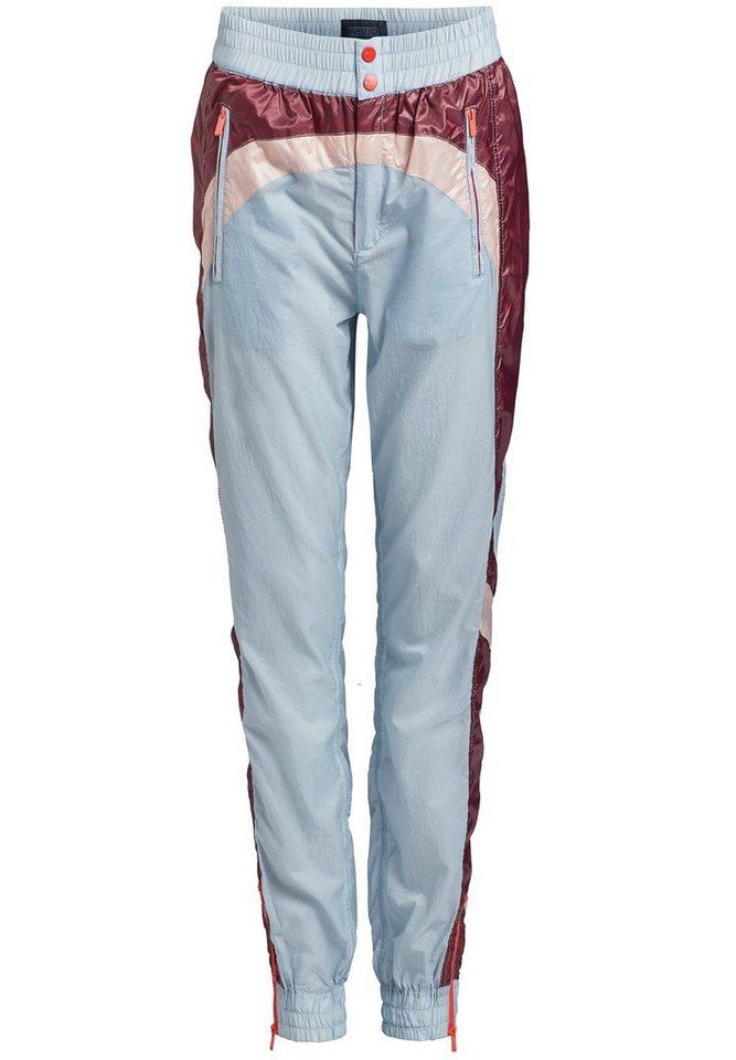 khujo -  Trainingshose »KYRIE« aus Nylon mit Reißverschlusstaschen