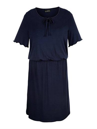 m. collection Kleid mit feinen Details