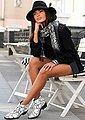 LASCANA Modeschal mit Schlangenoptik und mit kleinen Tasseln, Bild 4
