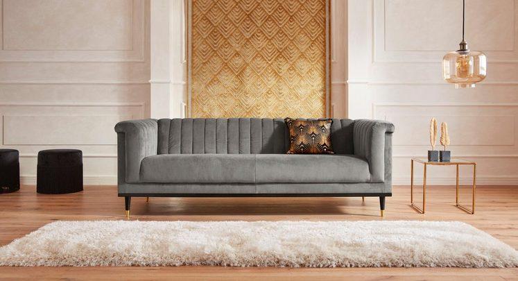 Guido Maria Kretschmer Home&Living 3-Sitzer »Chamby« mit Holzrahmen unten und Steppung im Lehnenbereich