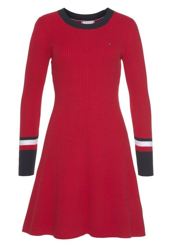 tommy hilfiger -  Strickkleid »TH WARM C-NK FIT & FLARE DRESS« leicht wärmende Qualität