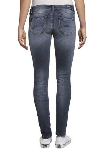 TOMMY JEANS Skinny-fit-Jeans »LOW RISE SKINNY SOPHIE ORGK« mit den typischen Tommy Jeans Details