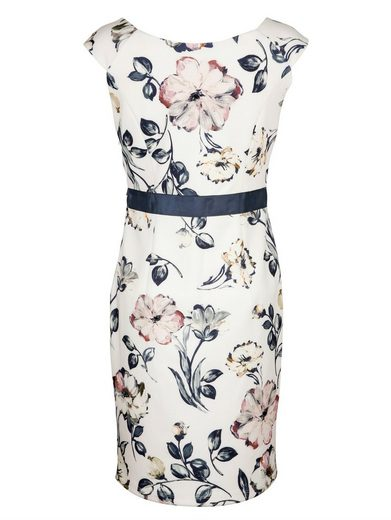 Alba Moda Kleid in femininer Form