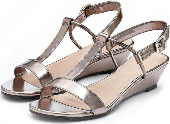 LASCANA Sandalette mit Keilabsatz und Metallic-Optik