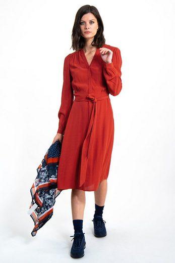 Garcia A-Linien-Kleid mit femininen Smokpartien