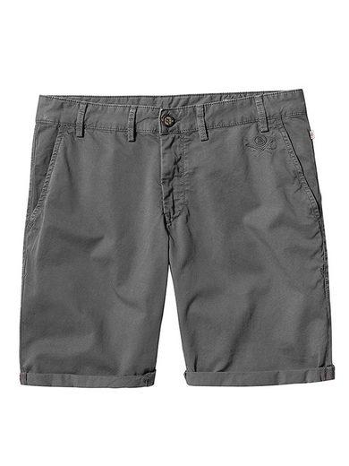 Herrlicher Shorts im klassischen Design