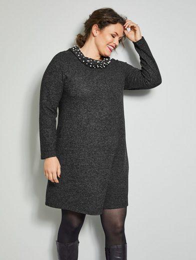 Sara Lindholm by Happy Size Kleid mit Perlenbesatz