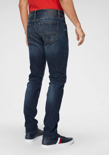 s.Oliver 5-Pocket-Jeans mit Marken-Label