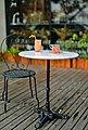 SIT Bistrotisch, mit Marmorplatte und hübschem Eisenfuß, Bild 6