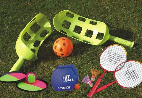 SET: Fun Set, enthält Scoop Ball Set, Magic Catchball Set, Hitball-Set + Mini-Badminton-Set, Victor
