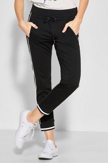 STREET ONE Sweathose »Bonny zip«, mit elastischem Bund und Kontrast-Streifen