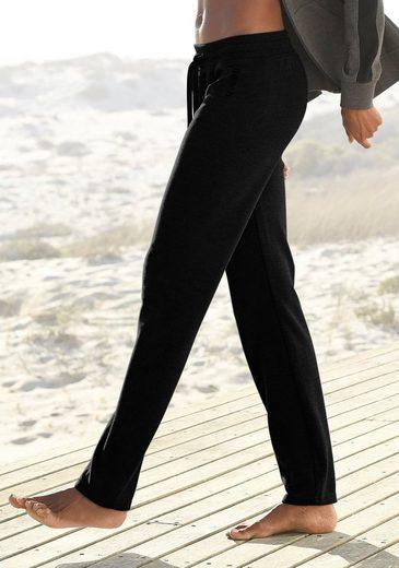 Bench. Sweathose mit Seitenstreifen und geradem Bein