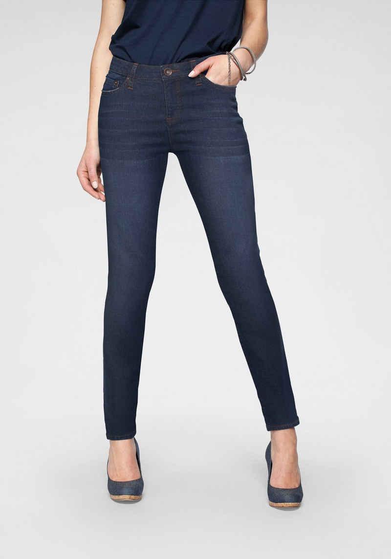 H.I.S Skinny-fit-Jeans »mid waist« Nachhaltige, wassersparende Produktion durch OZON WASH