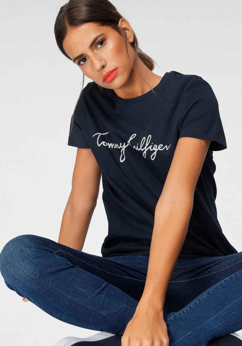Tommy Hilfiger T-Shirt »HERITAGE CREW NECK GRAPHIC TEE« mit Tommy Hilfiger Script Logo-Schriftzug & Logo-Flag am Saum