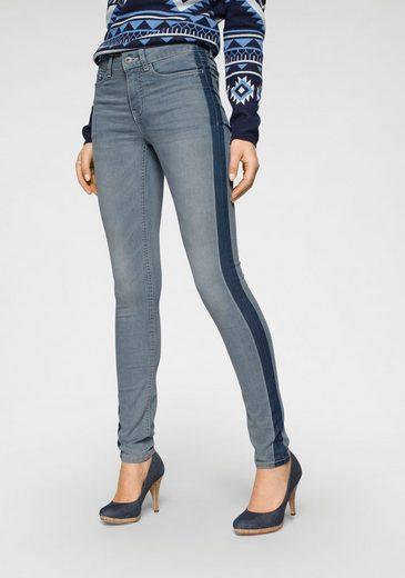 Arizona Skinny-fit-Jeans »Seitennaht mit kontrastfarbenem Streifen« Mid Waist