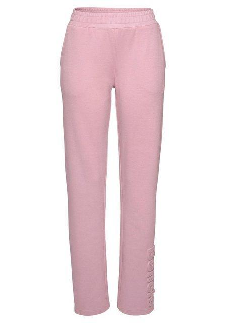 Hosen - Bench. Relaxhose aus Piqué mit 3D Logoschriftzug › rosa  - Onlineshop OTTO
