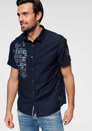 Schlussverkauf CAMP DAVID Kurzarmhemd mit Frontlogodruck