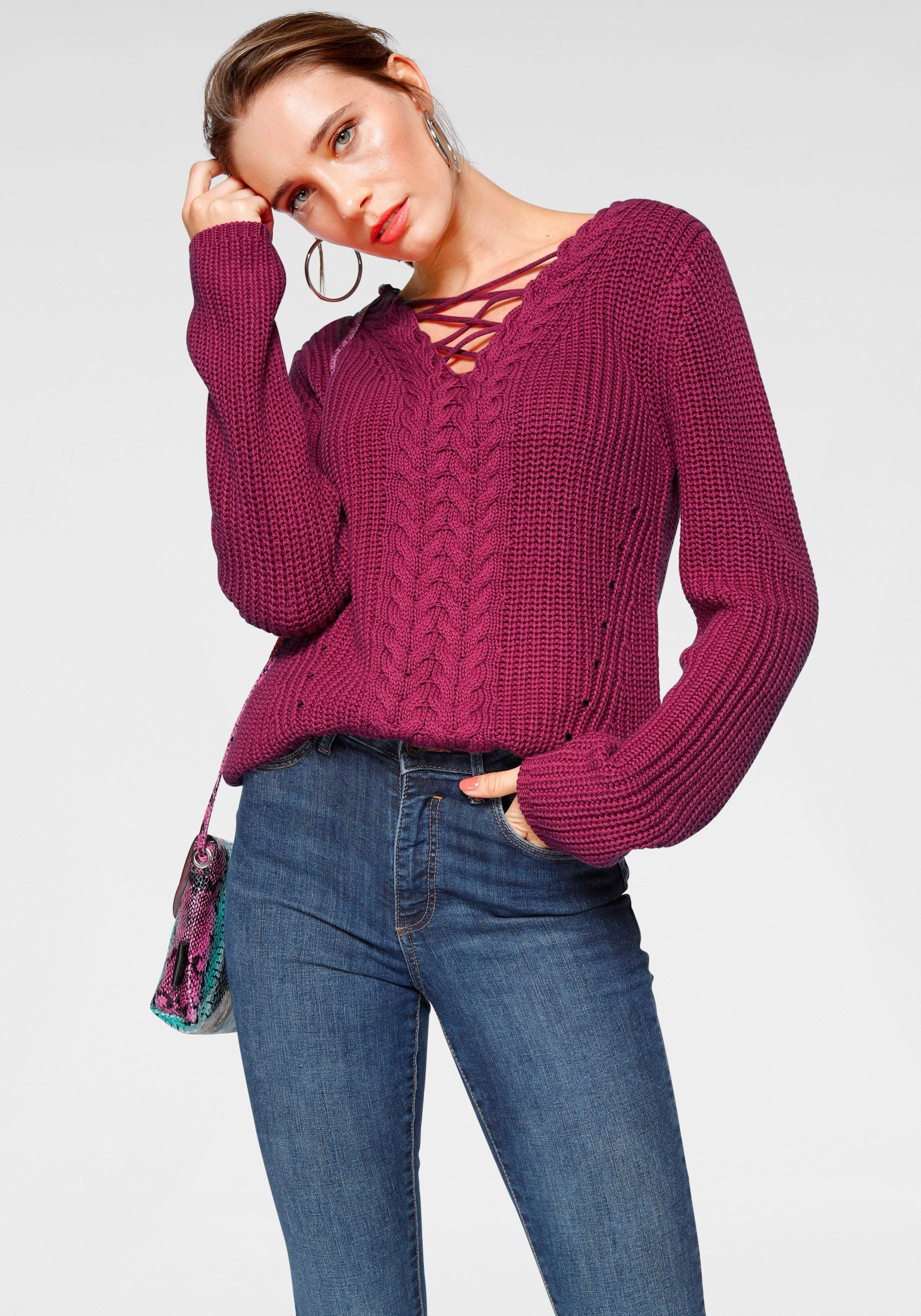 Laura Scott V Ausschnitt Pullover mit modischem Schnürungs Detail am Ausschnitt online kaufen | OTTO