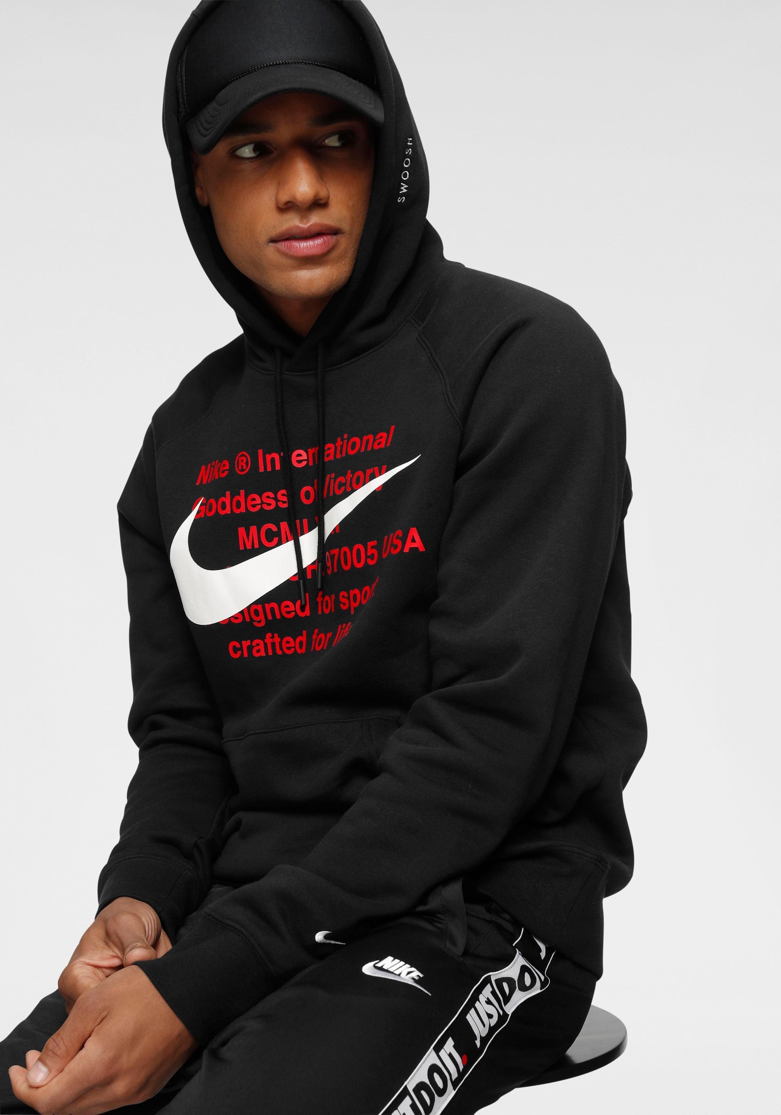 schwarzer nike hoodie mit rotem nike logo