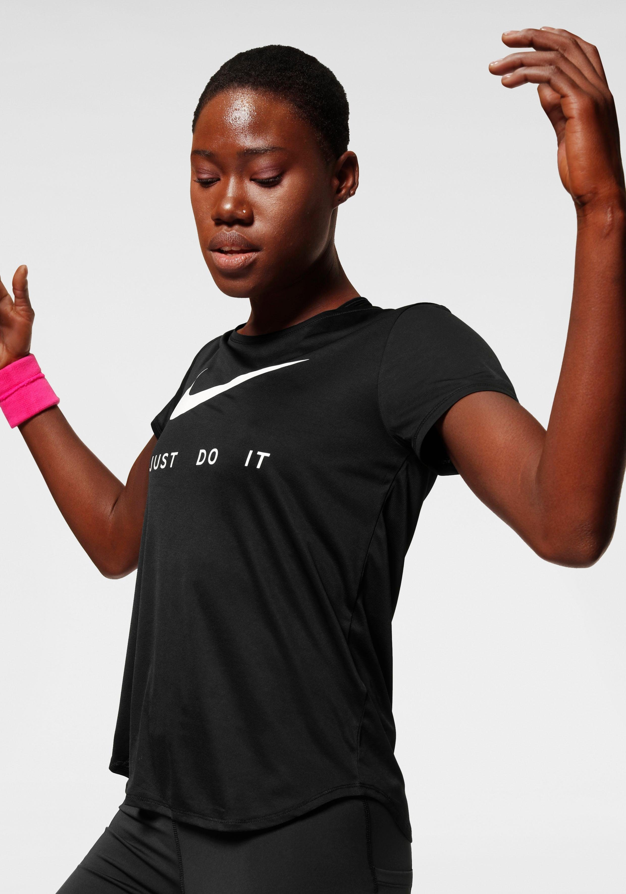 Nike Funktionsshirt »WOMEN NIKE PERFORMANCE TOP SHORTSLEEVE ALL OVER MESH« DRI FIT Technology online kaufen | OTTO