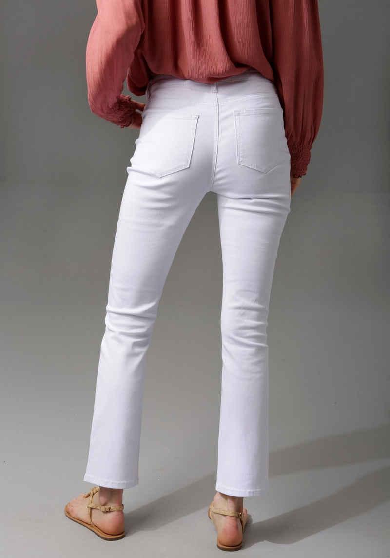 Aniston CASUAL Bootcut-Jeans in knöchelfreier Länge