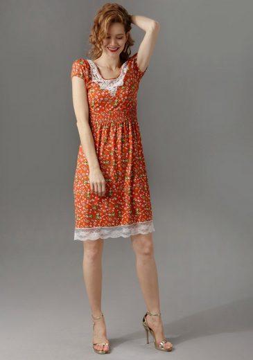 Aniston CASUAL Sommerkleid mit Spitze am Ausschnitt und Saum