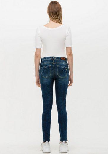 LTB Skinny-fit-Jeans »JULIANNE« mit Push-Up-Effekt