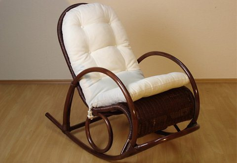 Home affaire schaukelstuhl aus geschwungenem rattan for Schaukelstuhl ohne kufen