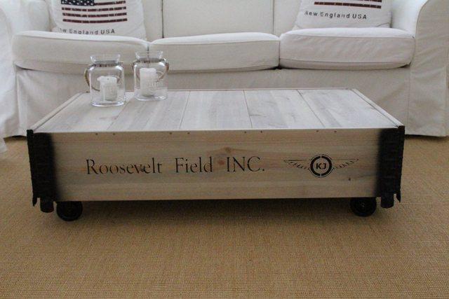 Wohnzimmertische - Uncle Joe's Couchtisch »Roosevelt Field«, im Truhen Design  - Onlineshop OTTO