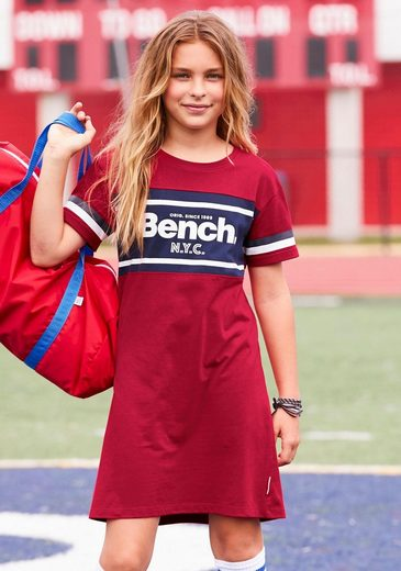 Bench. Jerseykleid mit Einsatz und Logoschriftzug