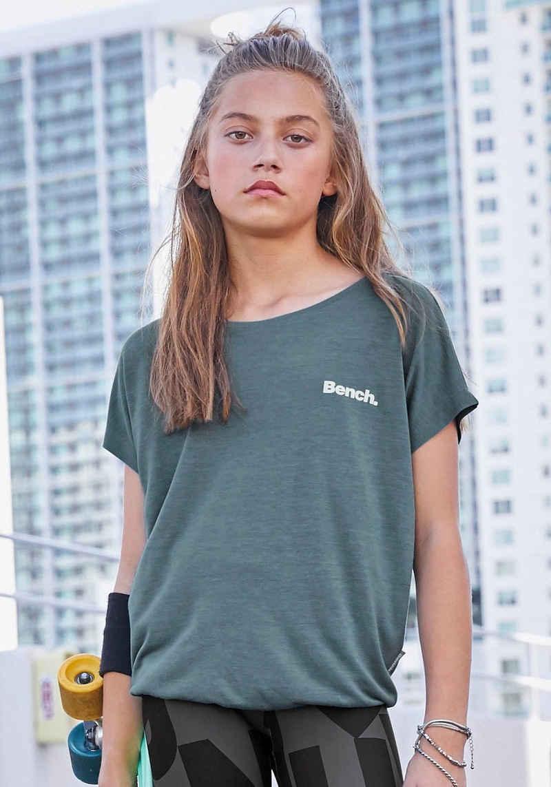 Bench. T-Shirt in weicher Viskose