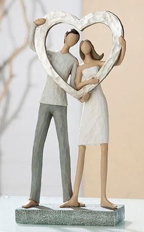 GILDE Dekofigur »Skulptur Liebespaar - Herz« (1 Stück), Dekoobjekt, Höhe 27 cm, handbemalt, mit Herz, romantisch, Wohnzimmer