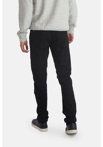 Узкие джинсы »Twister«