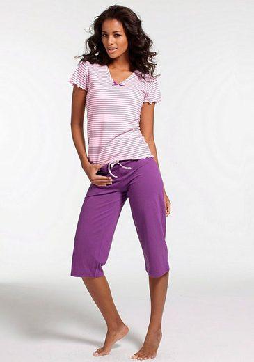 H.I.S Capri-Pyjama mit gestreiftem T-Shirt mit Kräuselrändern