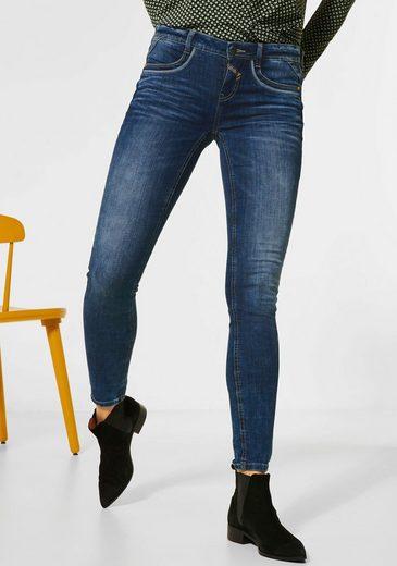 STREET ONE Slim-fit-Jeans »York« mit dekorativen Ziernähten